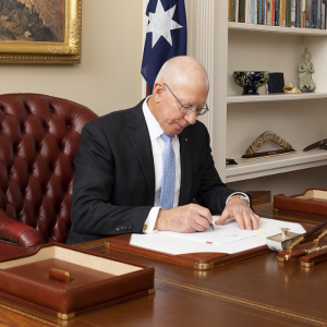 His Excellency, General the Honourable David Hurley AC DSC (Retd) authorising Australia's ratification of the SKA Observatory Convention